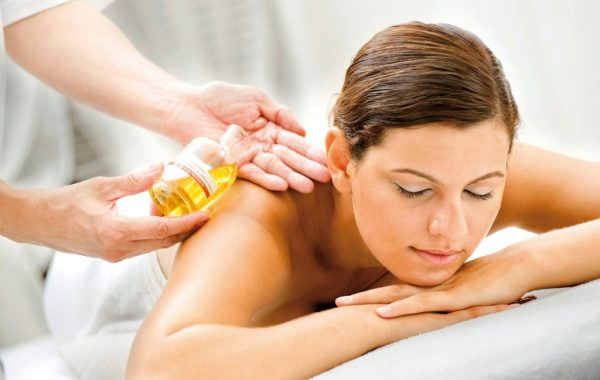 Aromatherapy Warm Oil Massage